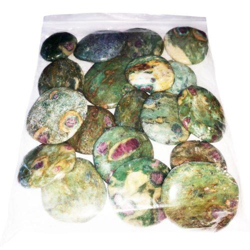 bolsa piedras planas rubí sobre fucsita